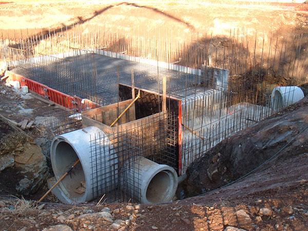 Aliviaderos y tuberías: lo que hay detrás de nuestra relación con el agua